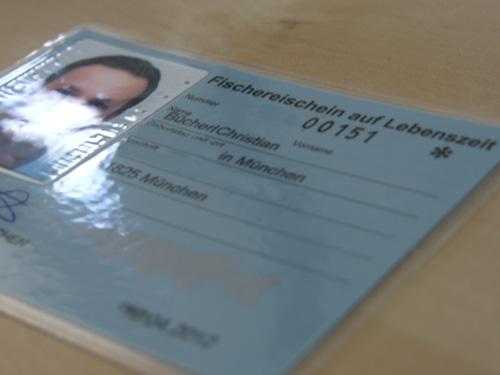 http://www.angelschein-machen.com/bilder/fischereischein_fb.jpg